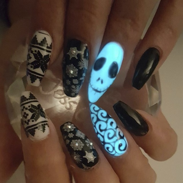 Glow Nails: 10 Designs to Master - - NAILS Magazine