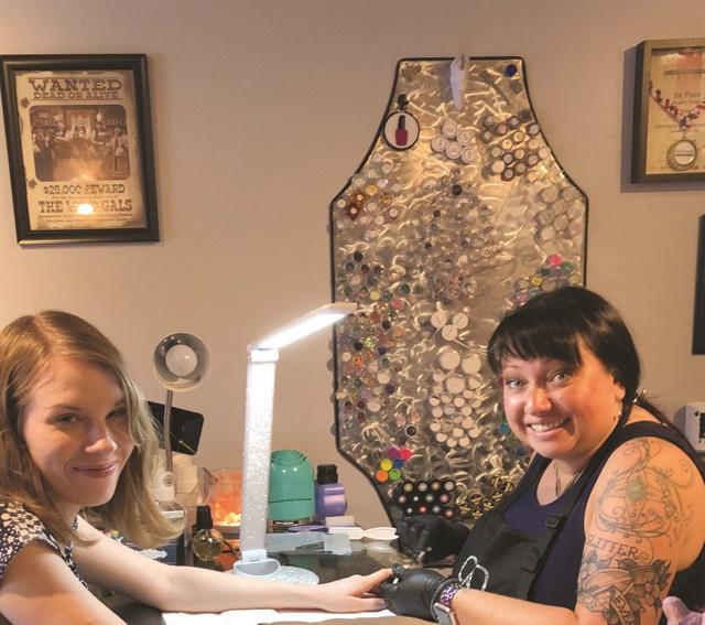 <p>NAILS associate editor Katherine Fleming got gel-polish nail art from Nicole Franklin (@nailpolishwars).</p>