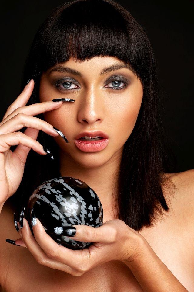 <p>Photography: Brian Love<br />Model: Aliya Protto<br />Makeup: Bethany J. Garita</p>