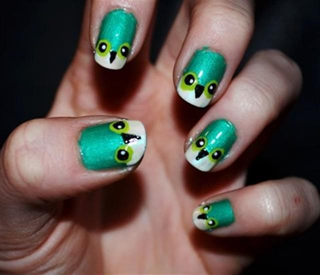 "<p>Via <a href=""http://nailartgallery.nailsmag.com/kristennicolee/photo/254533/green-owls"">Nail Art Gallery</a></p>"