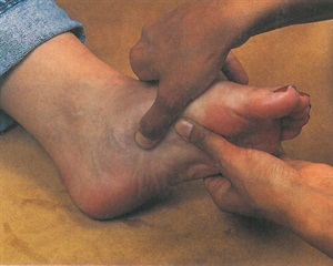 <p>Shiatsu is similar to acupuncture, but therapists use their hands, fingers, and arms instead of needles to stimulate key points in the body's internal energy channels and correct imbalances. This technique can be easily adapted to both hands and feet. </p>