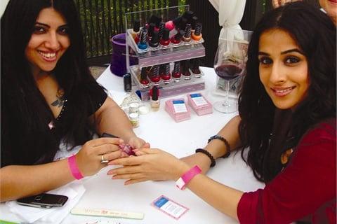 <p>Schèrézaad Panthaki (left) working on-location with Indian actress Vidya Balan.</p>
