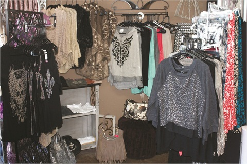 <p>Look at all these goodies! I could have spent a fortune.  The prices are very affordable and the styles are perfect! </p>