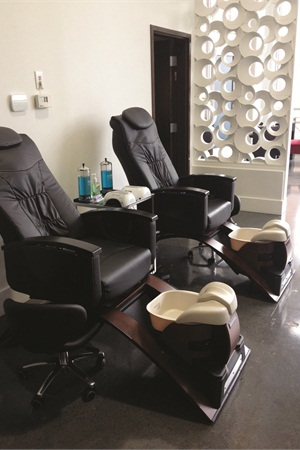 <p> Following strict sanitation guidelines, the pedicure spas are pipeless.</p>