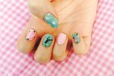 This 12 Year Old Polishes Nails From A Pretty Shabby Chic Caravan In The U K