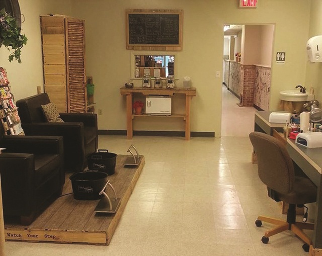 The salon portion of Yes, M.A.M. comprises about 40% of the overall space.