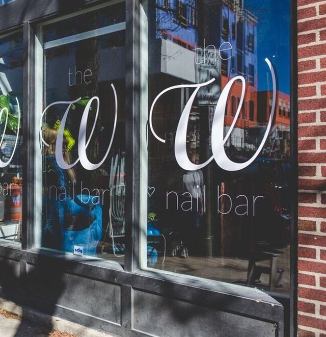 <p>The all-natural nail salon focuses on customer service just as much as technical skills.</p>