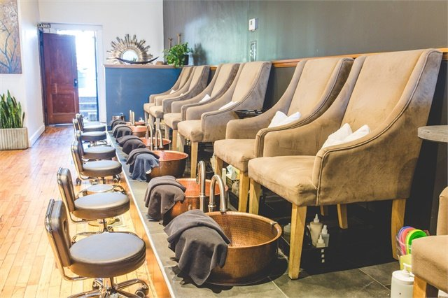 <p>The pedicures are offered with complimentary homemade bath bombs that come in flavors like coffee, oatmeal and honey, or peppermint.</p>