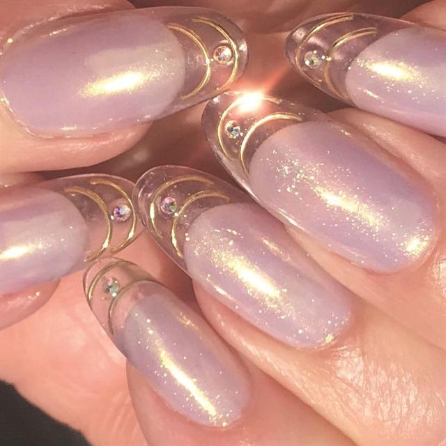 <p>Nails by Heather Reynosa @heatherreynosa and Shelena Robinson @shelena2002</p>