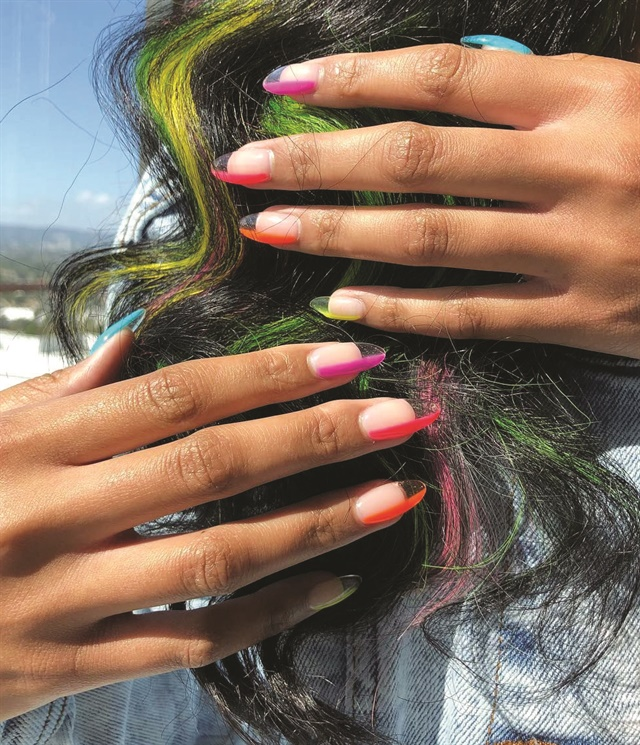 <p>Nails by Brittney Boyce @nails_of_la</p>