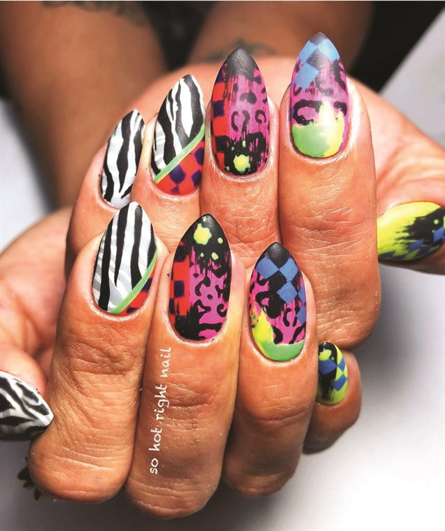 <p>Nails by Bel Fountain-Townsend @sohotrightnail</p>