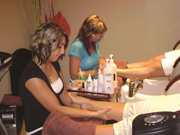 <p>Changes Salon and Spa owner Carolyn Schwab offers ladies nights, men-only nights, and spa parties to regular customers as well as gift card holders.</p>