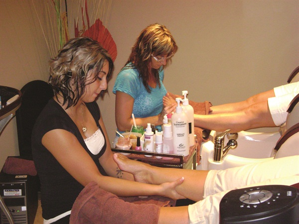 Changes Salon and Spa owner Carolyn Schwab offers ladies nights, men-only nights, and spa parties to regular customers as well as gift card holders.