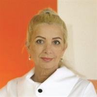 <p>Lourdes Darling</p>