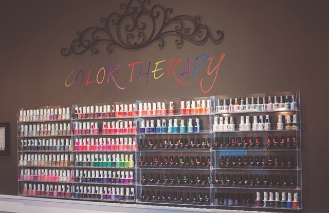 A Perfect 10 is an all-natural nail bar that specializes in gel-polish manicures and nail art.