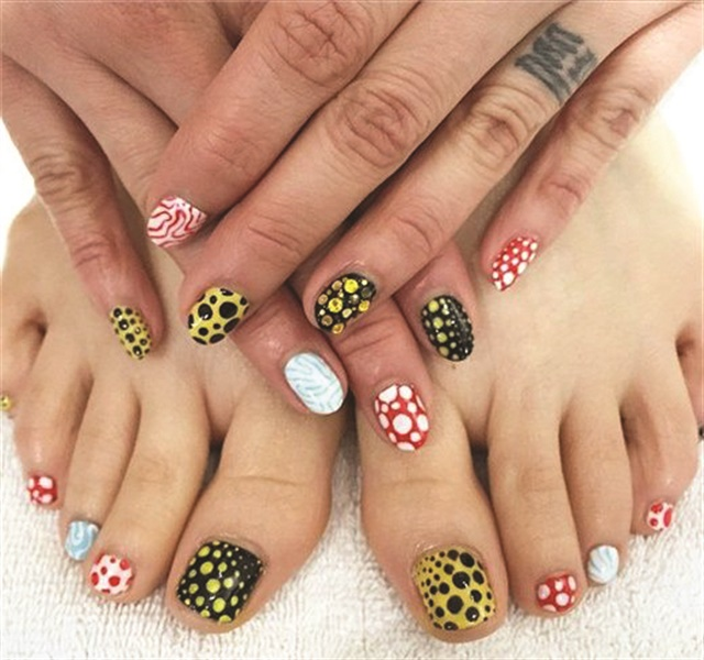 <p>Nails by Ashley Crowe</p>