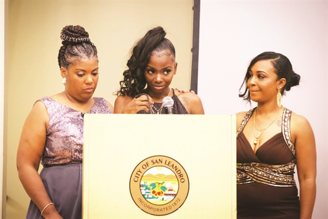 <p>Women share their stories at DNNC's annual gala.</p>