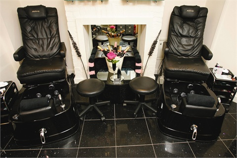 Gel Nail Bar Is A Home Salon That May Be Small Square Footage Wise But It Makes Great Use Of Its E With Consistent Theme And Attention To Detail