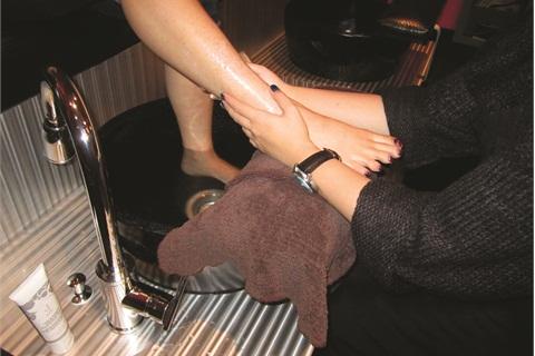Foot hot leg