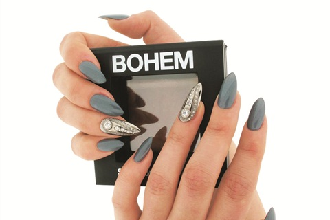 <p>Rihanna inspired these dazzling nail accessories made from precious metals and gems.</p>
