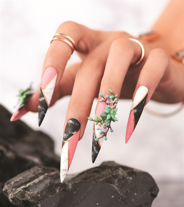 Behind the Scenes: Matte Marble Nail Art - Technique - NAILS Magazine