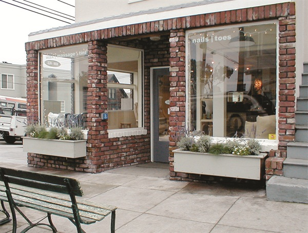 <p>To help deal with all of their clients, the Mani Pedi Bungalow opened in late 2002, just across the street.</p>