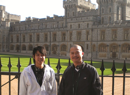 <p>Vu Nguyen (right) stands with his brother Robert in front of Windsor Castle in Berkshire, England. They were both in town for the Nailympics.</p>