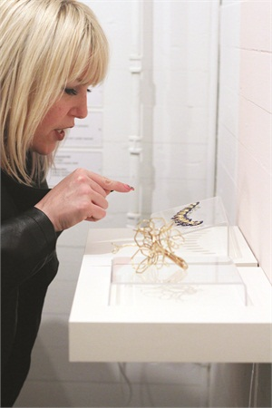 <p>&nbsp;At the opening reception, gallery guests admired the interplay of the jewelry and nail art. <em>Photography by Lidija Ristic</em></p>