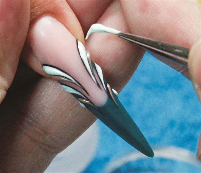 <p>A visit to the eye doctor can mean less eye strain when doing close work, like nail art.</p>