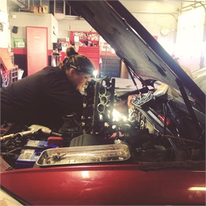 <p>Girls Auto Clinic has an all-female staff of mechanics.</p>
