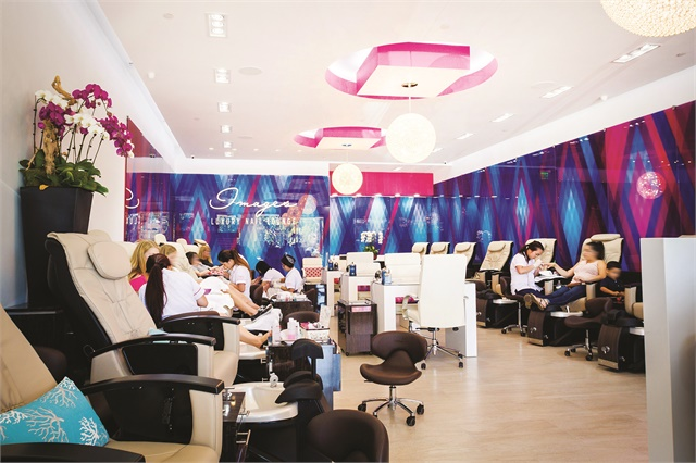 <p>Images Luxury Nail Lounge in Orange County, Calif., offers free nail repairs to anyone who is unhappy with the nails they received at another salon.</p>