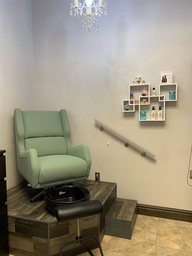 Breathe Nail Spa, Round Rock, Texas
