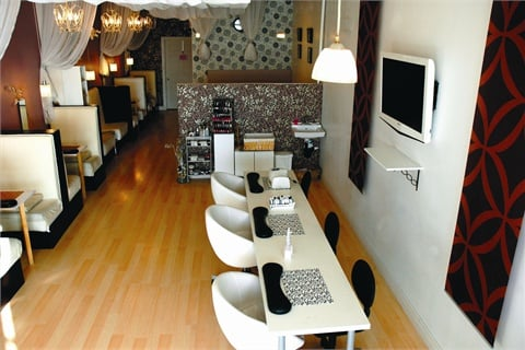 <p>The inspiration for Tips2Toes decor was interior design styles from various Japanese and Korean movies.</p>