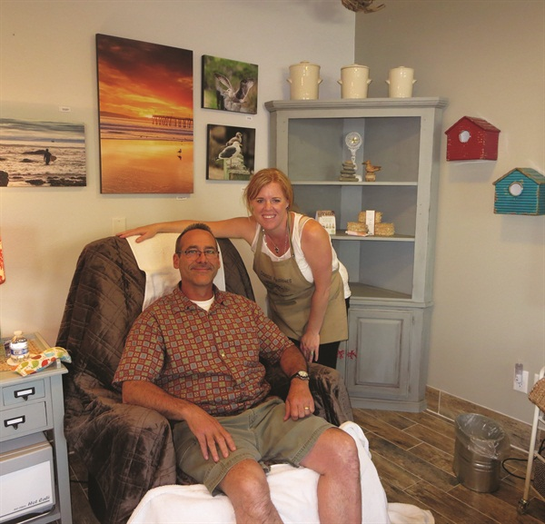 <p>Charlie is relaxed and happy after Guererro's amazing pedicure.</p>