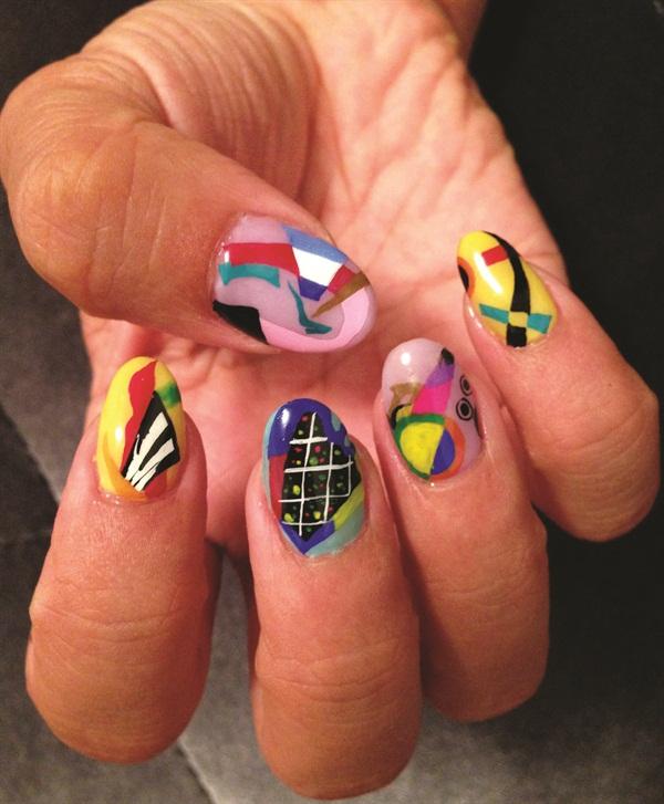<p>Kandinsky nail art by Naomi Yasuda</p>