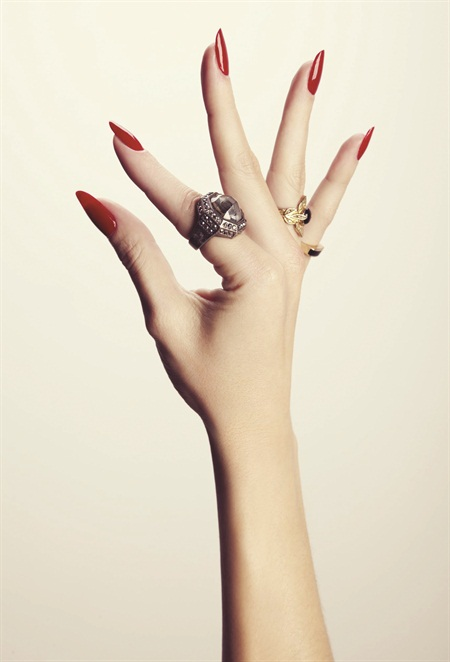 <p>Photograph by Dawn DiCarlo featuring nails by Madeline Poole</p>