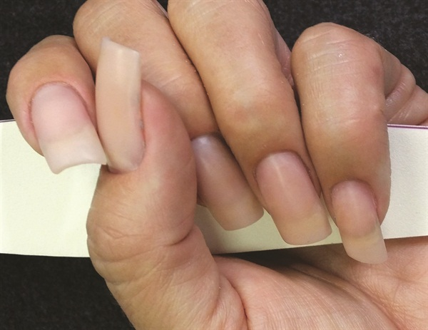 Does gel polish work on acrylic nails