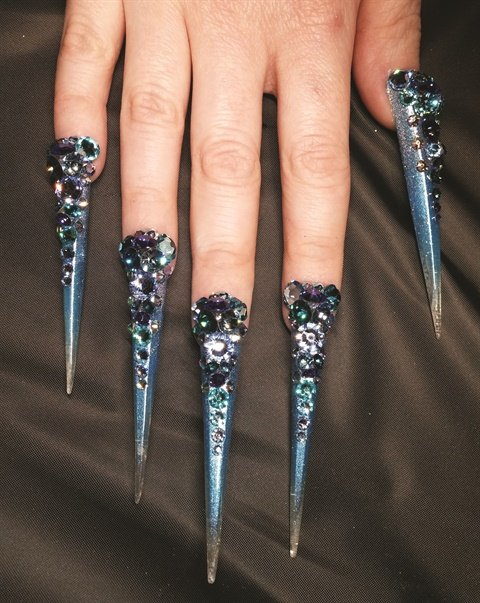 <p>These Bling nails earned a second-place win at ISSE.</p>