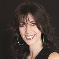 <p>Amy Becker</p>