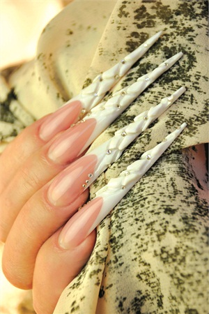 <p>Nails by Ilona Musik. Photography by Andrea Musik.</p>