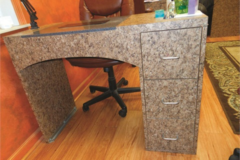 <p>Most of the manicure tables at A Finished Appearance in New Kensington, Pa., have the drawers on the righthand side, making them ideal for right-handed techs.</p>