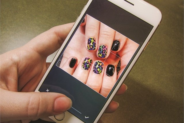 Crop your photos so nails are seen easily.