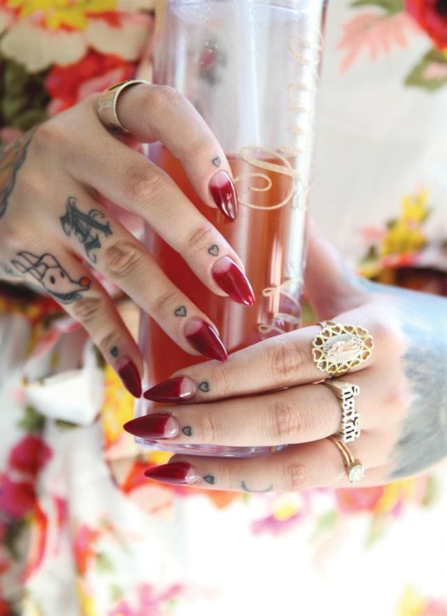 Alexa Luna, San Diego. Nails by Galdina Jimenez. Married October 13, 2017.