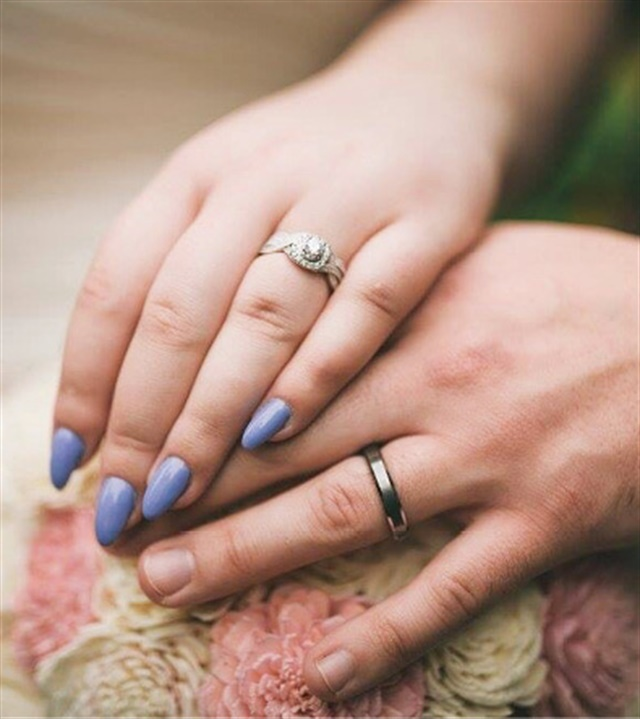 <p>Hope Jung, Brookfield, Wis. Married October 1, 2016. @glittersandpolishes</p>