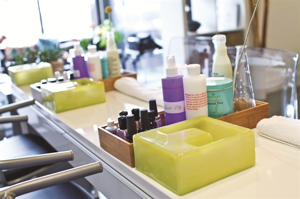 <p>UberChic Nail Boutique places a premium on organic, eco-friendly products and practices. </p>