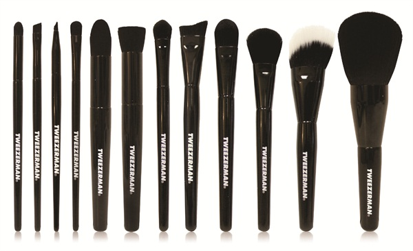 Tweezerman Introduces The Next Generation Of Makeup Brushes With Brush Iq Crafted Patented Technology These Luxury Cosmetic Ly