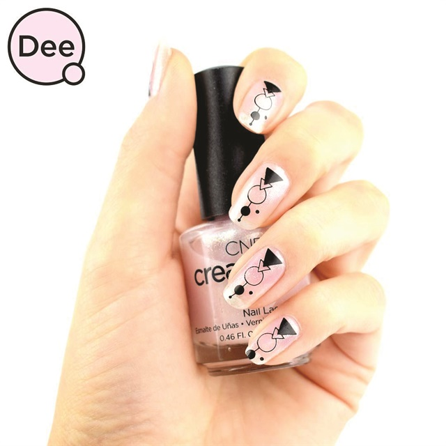 <p>Nails by Dee Timmer<br />(@thisisdeetimmer)</p>
