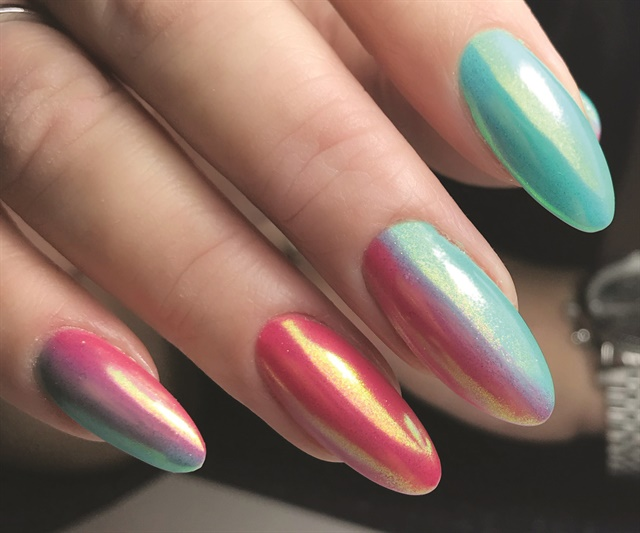<p>Nails by Tracey Lee (@traceyleenails)</p>