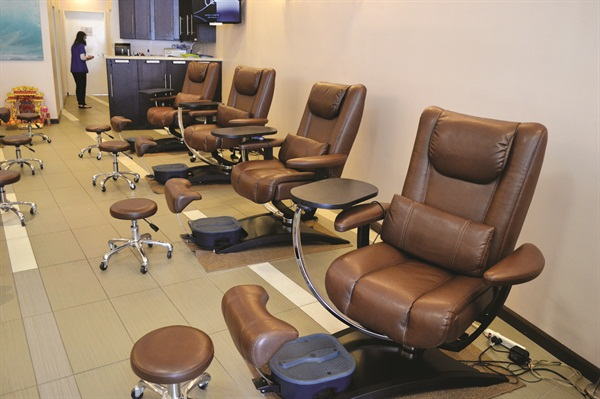 Saelim wanted pedicure chairs without jets, so she purchased eight brand new Belava Embrace chairs before opening.