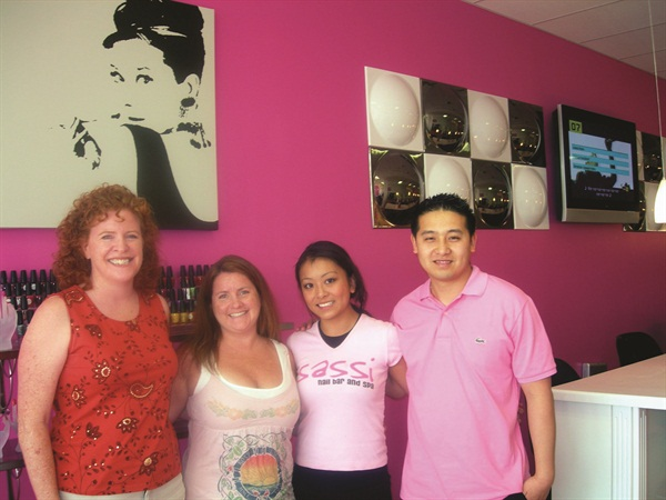 <p>Cyndy Drummey (left) and I had a great visit with Sassi Nail Bar owners Victoria Vo and Toan Truong. </p>
